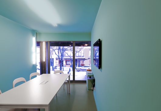 Light and color define the new english school what 39 s up - Baladia valklein ...