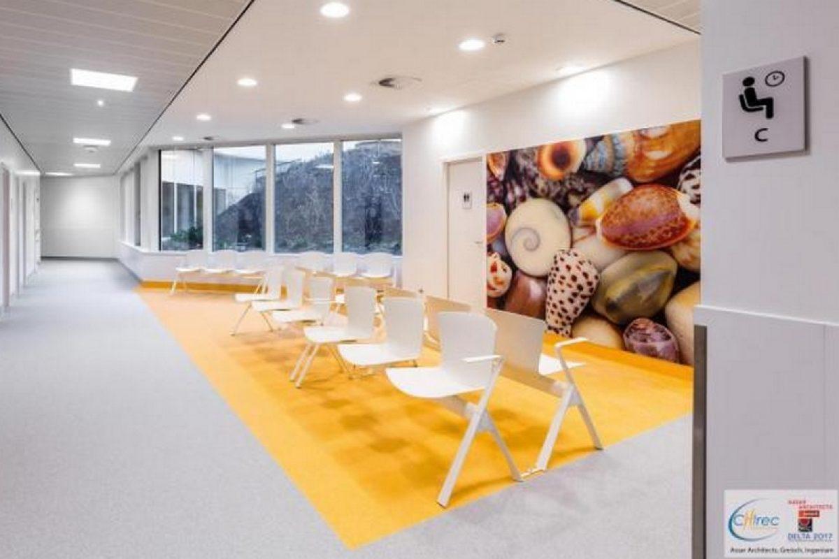 La colección de sillas y bancos SLAM de Sellex se vuelve omnipresente en el Hospital Delta de Auderghem