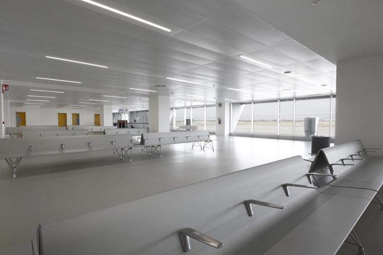 Case Studies: Friuli Venezia Giulia airport has chosen AERO bench by ...