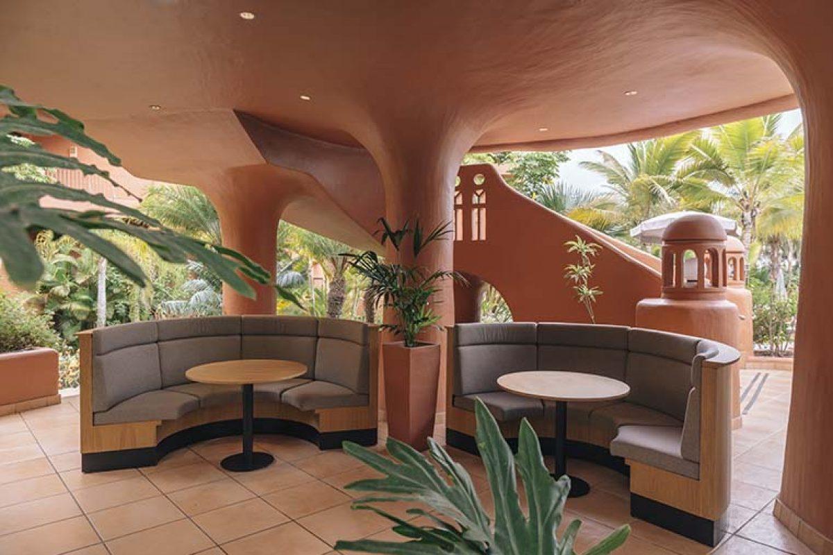 Stone Designs diseña el restaurante El Parador del hotel Sheraton La Caleta fundamentado en valores y no en tendencias