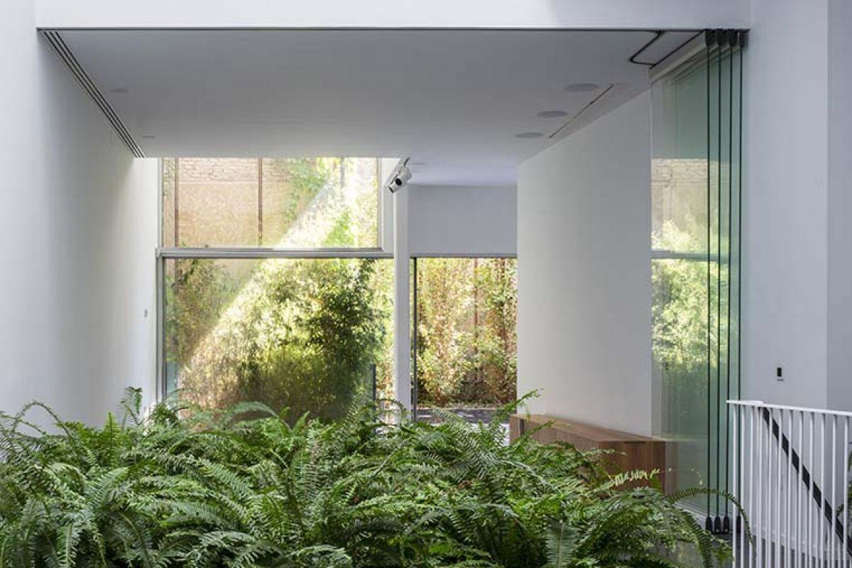 El arquitecto Guillermo Vázquez Consuegra proyecta con Technal una singular vivienda unifamiliar en Sevilla