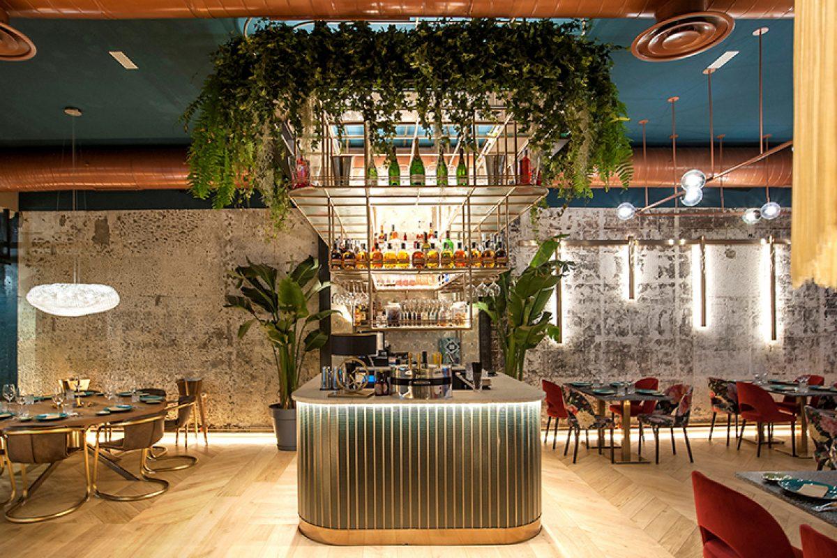 Esencia dominicana en el Samaná Lounge Bar. Un proyecto de Mas Arquitectura finalista al Restaurante Europeo mejor diseñado