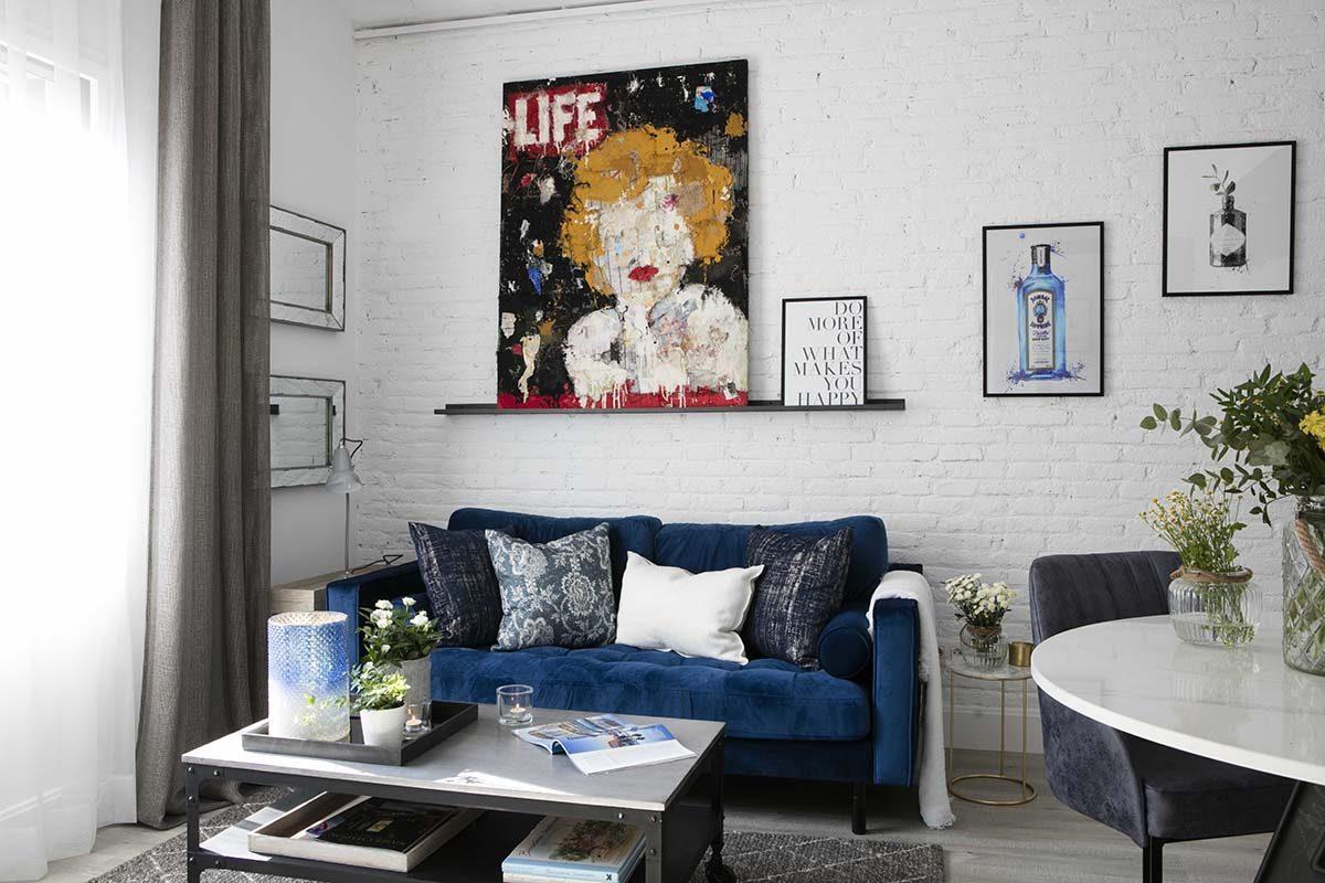 Knowhaus despierta su lado glam en el diseño de este apartamento lleno de contrastes