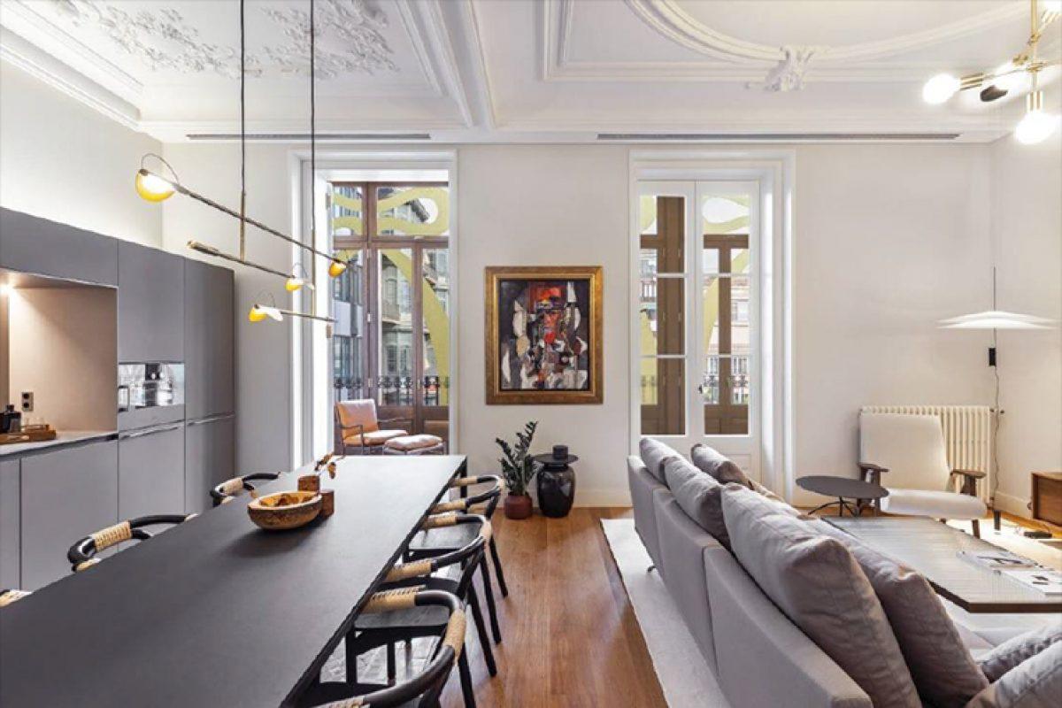 El proyecto de interiorismo de Coblonal en un apartamento de la modernista Casa Burés