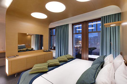 La firma espa ola colonial club vlc amuebla el design for Design hotel moscow