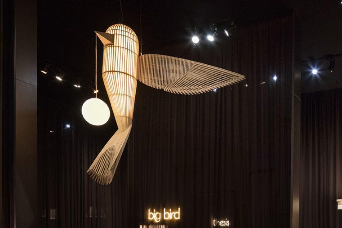 Big Bird, la nueva escultórica luminaria de la familia Life-Size de LZF