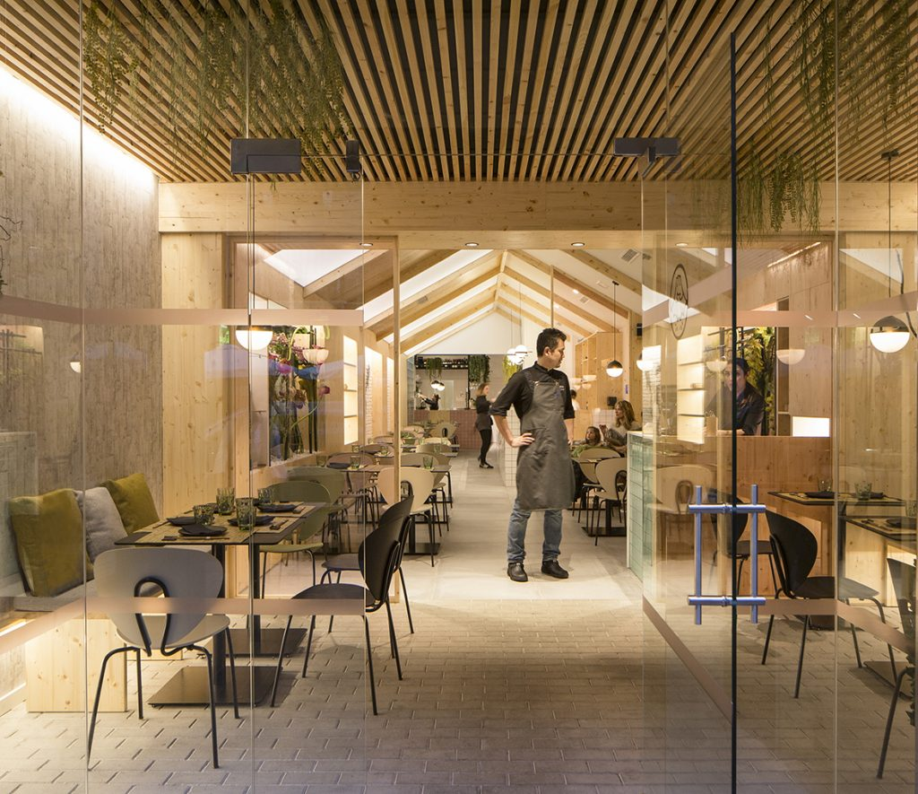Nonna Design Merges The Most Traditional Japan And Nordic Design In The Contemporary Kamon Restaurant News Infurma Online Magazine Of The International Habitat Portal Design Contract Interior Design Furniture Lighting And