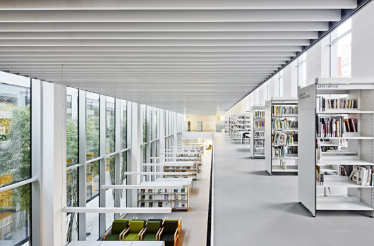 Muebles biblioteca publica 20170813101256 for Biblioteca arquitectura