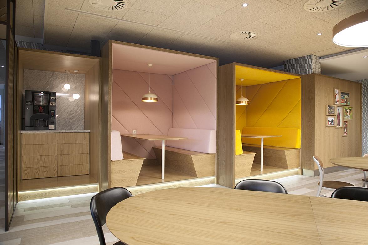 Stone designs renueva el comedor de las oficinas centrales for Oficinas centrales mercadona madrid