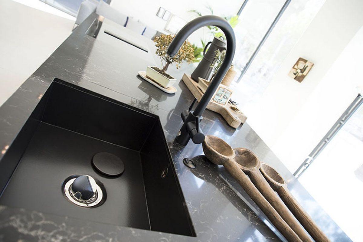 Diseño, sostenibilidad y tecnología en el dispensador 4N1 Touch de InSinkErator. Premio de Diseño Archiproducts 2018
