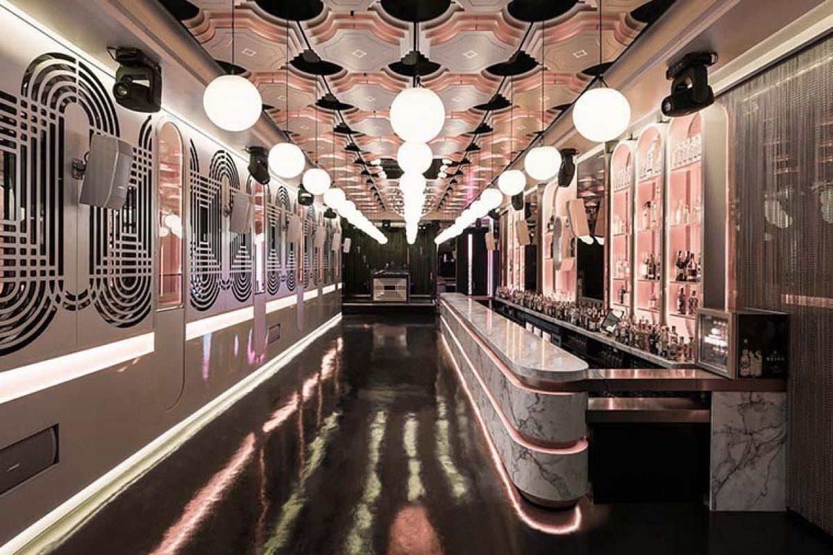 Pastrami Club por Paco Lago Interiorismo. Un local que sorprende con un discurso diferente