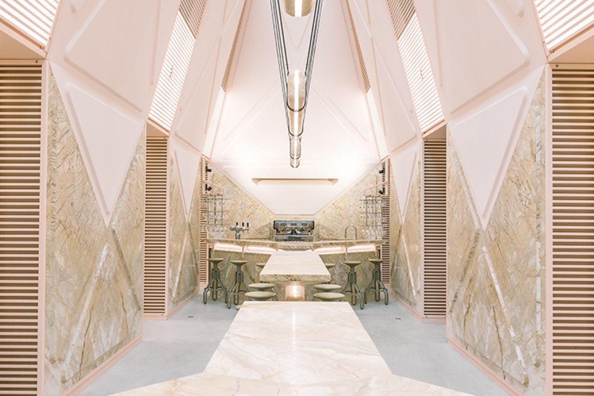 XYZ Lounge de Didier Fiuza Faustino en Gante (Bélgica). Redefiniendo el uso y los volúmenes de los espacios públicos