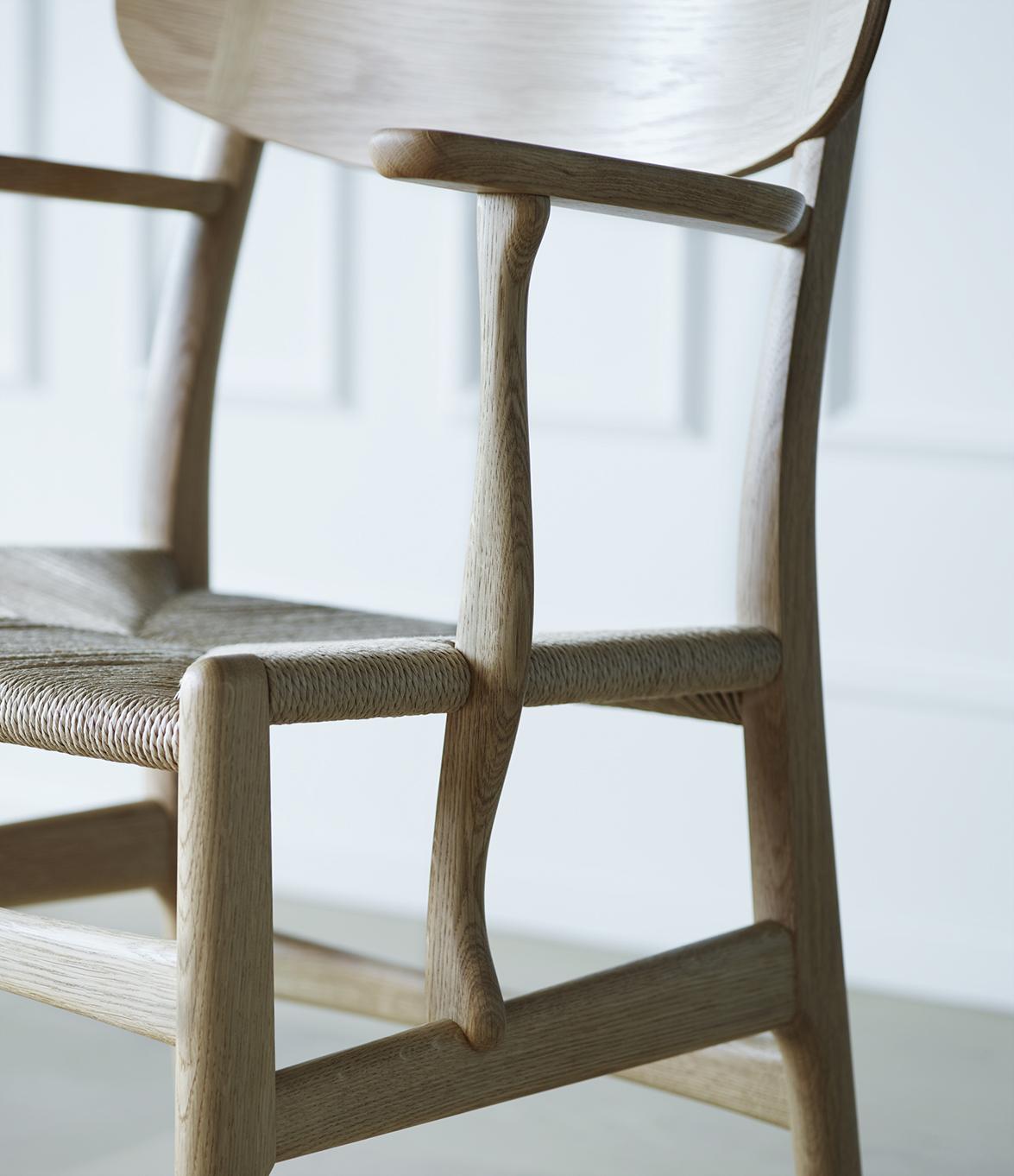 Wegner_CH26-oak_detail_armrest