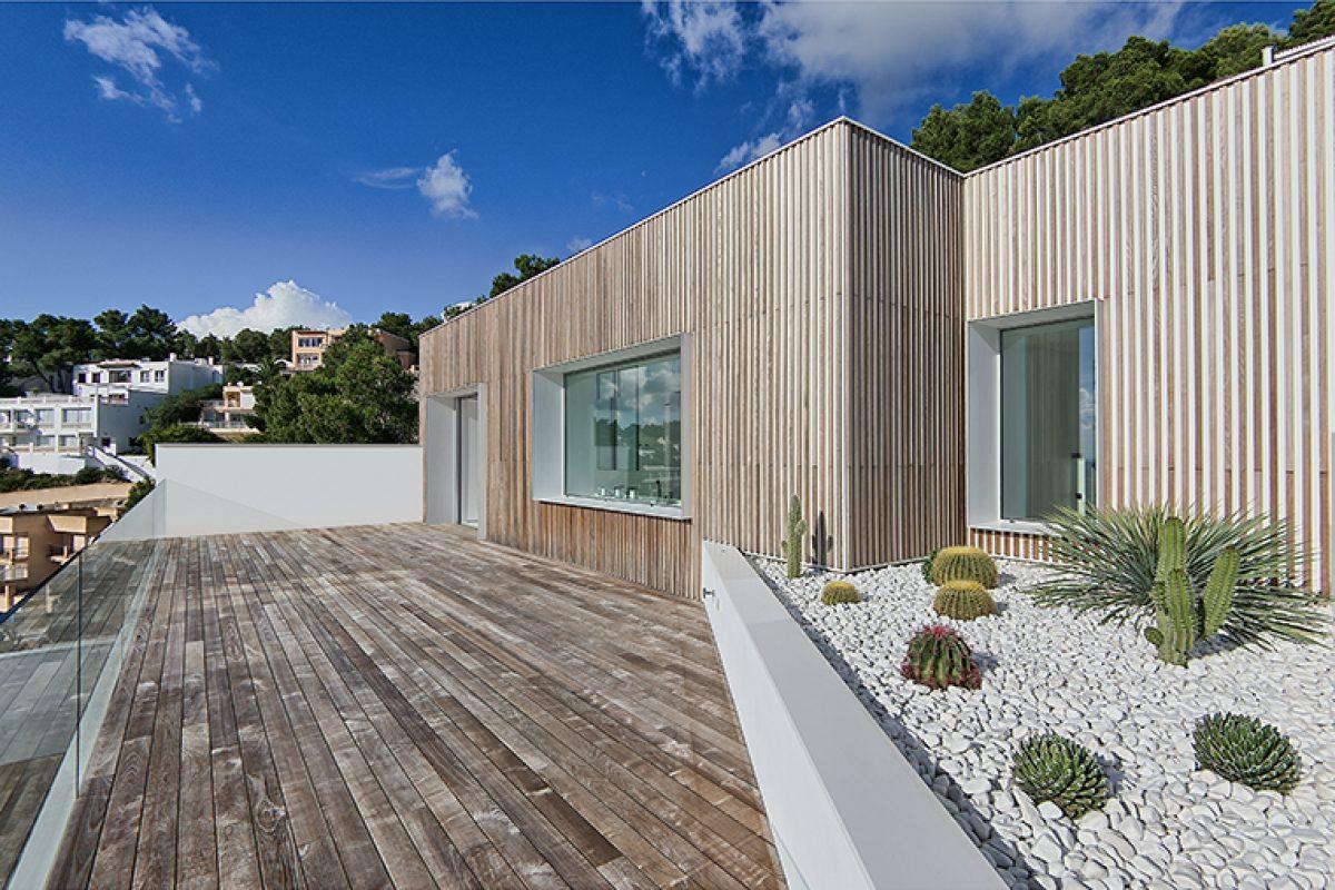 Listone Giordano presenta el complejo Ibiza Can Furnet, el nuevo proyecto que une outdoor e indoor con la madera como protagonista
