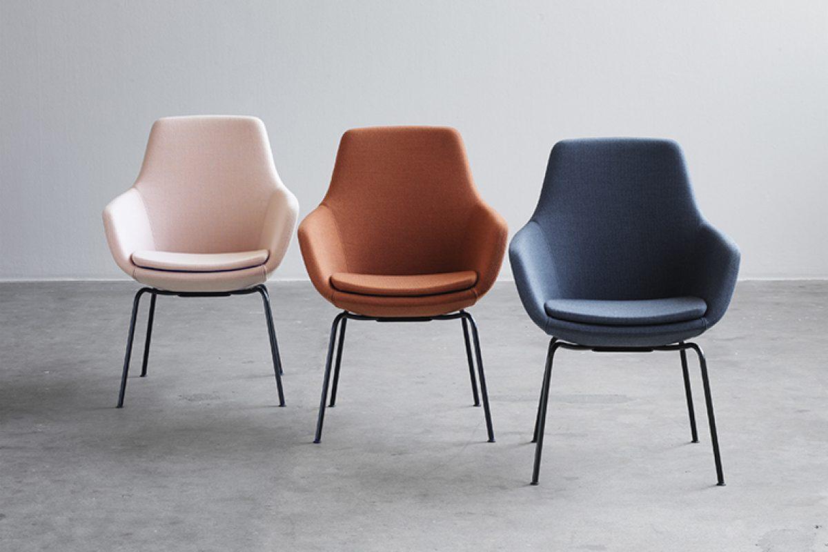 Fritz Hansen reedita Giraffe, la silla que Arne Jacobsen creó en 1959 especialmente para el SAS Royal Hotel