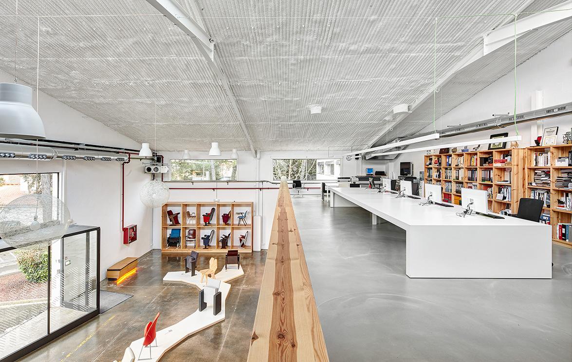 Miriam castells studio dise a el nuevo design centre figueras international seating luz y - Disena studio ...