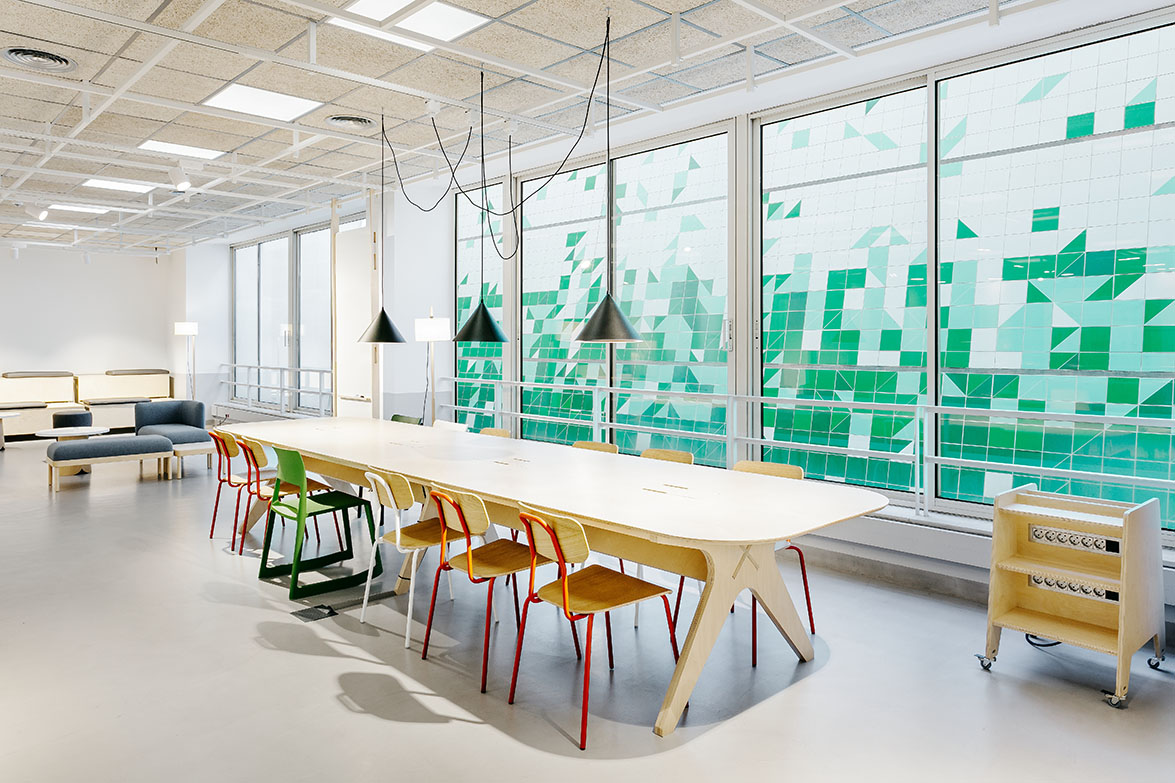 Deardesign Reformulates The Way To Connect And Learn Between People At The Interior Design