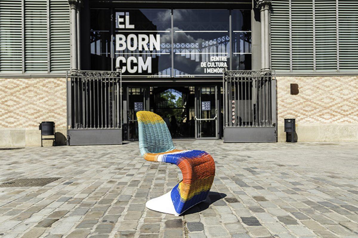 #BDW18: Jóvenes reconocidos artistas hacen un homenaje a la silla Panton de Vitra en el 50 aniversario de su presentación