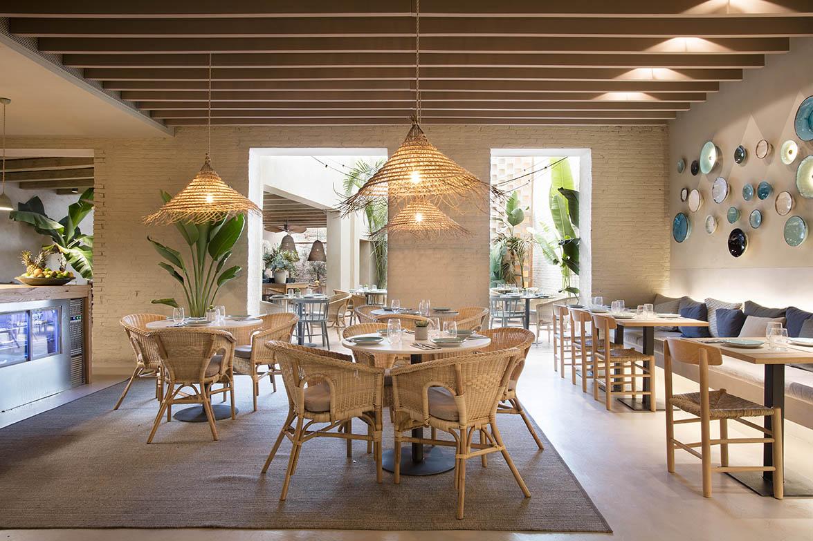 Tarruella trenchs dise a el restaurante turqueta en for Bar restaurante el jardin zamora