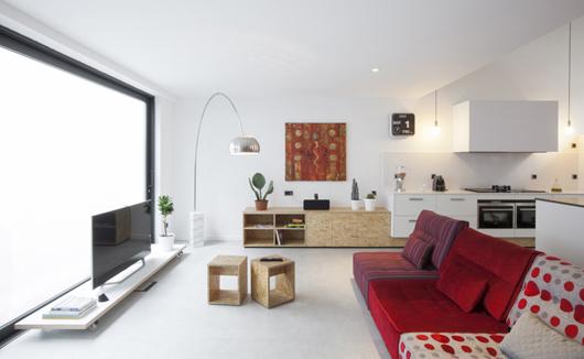 El arquitecto guim costa calsamiglia convierte una antigua - Cuanto cuesta amueblar una cocina de 10 metros ...