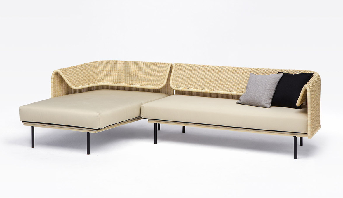Rattan bent in the wrap collection by omi tahara for for Dimension chaise longue