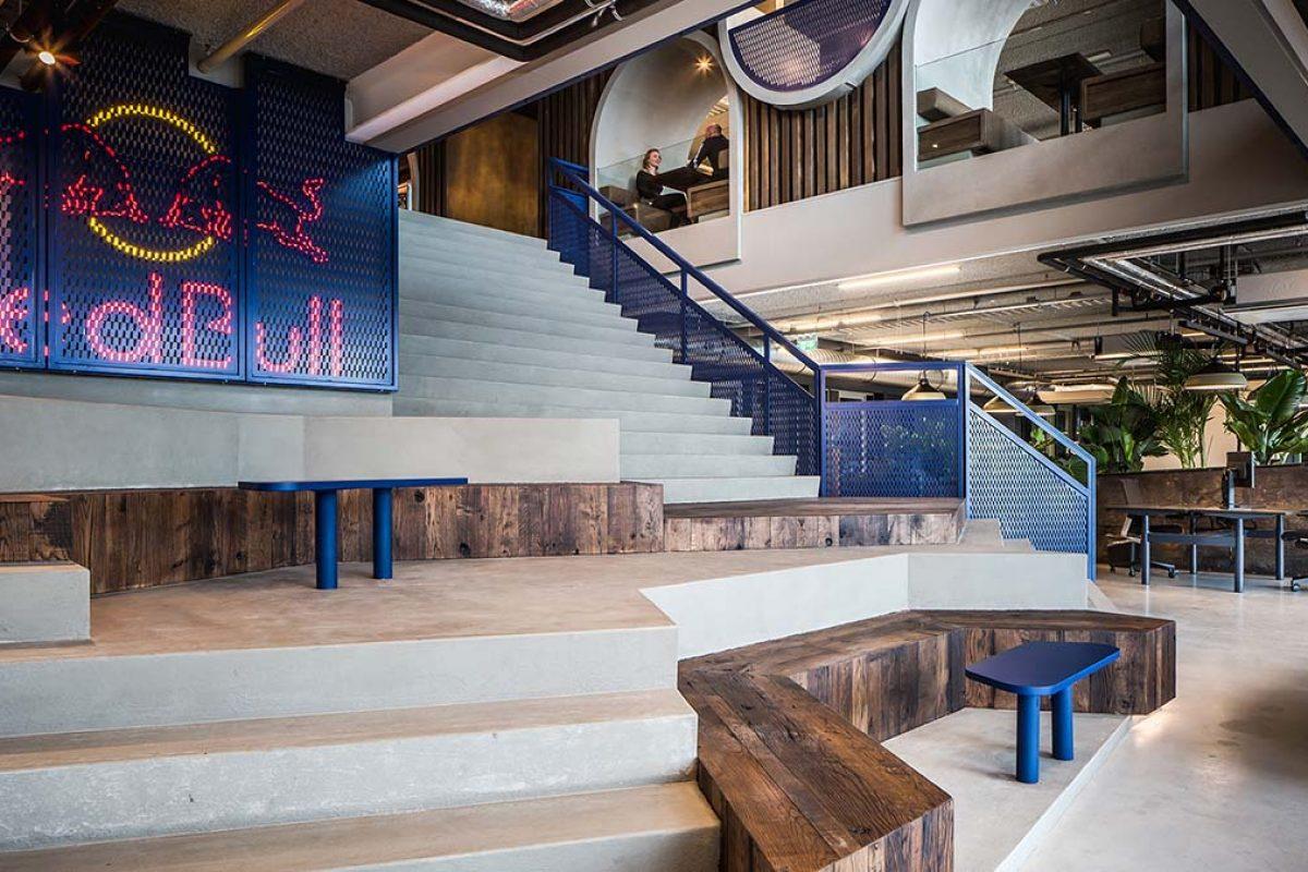 Las nuevas oficinas de Red Bull Ámsterdam. Un proyecto de Casper Schwarz