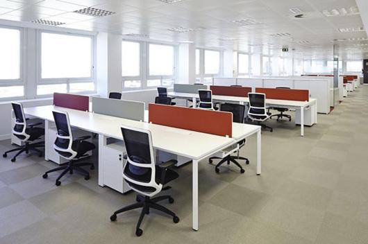 actiu amuebla las nuevas oficinas de iberia con soluciones