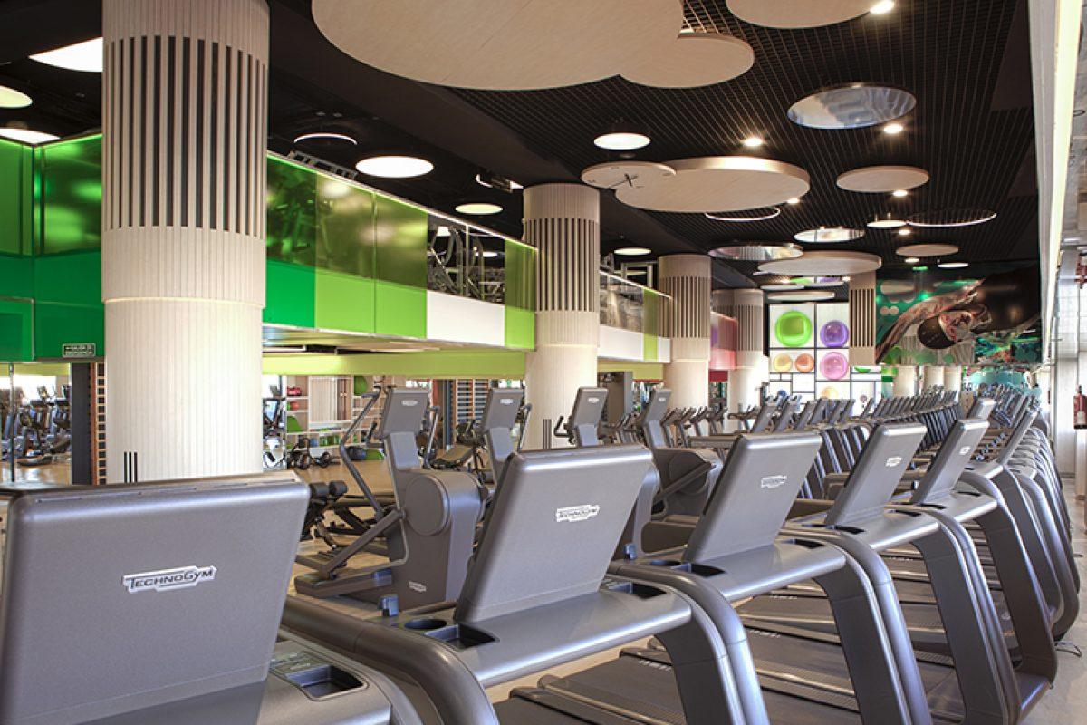 Teresa Sapey crea una atmósfera natural y exterior en el nuevo Reebok Sports Club de Madrid