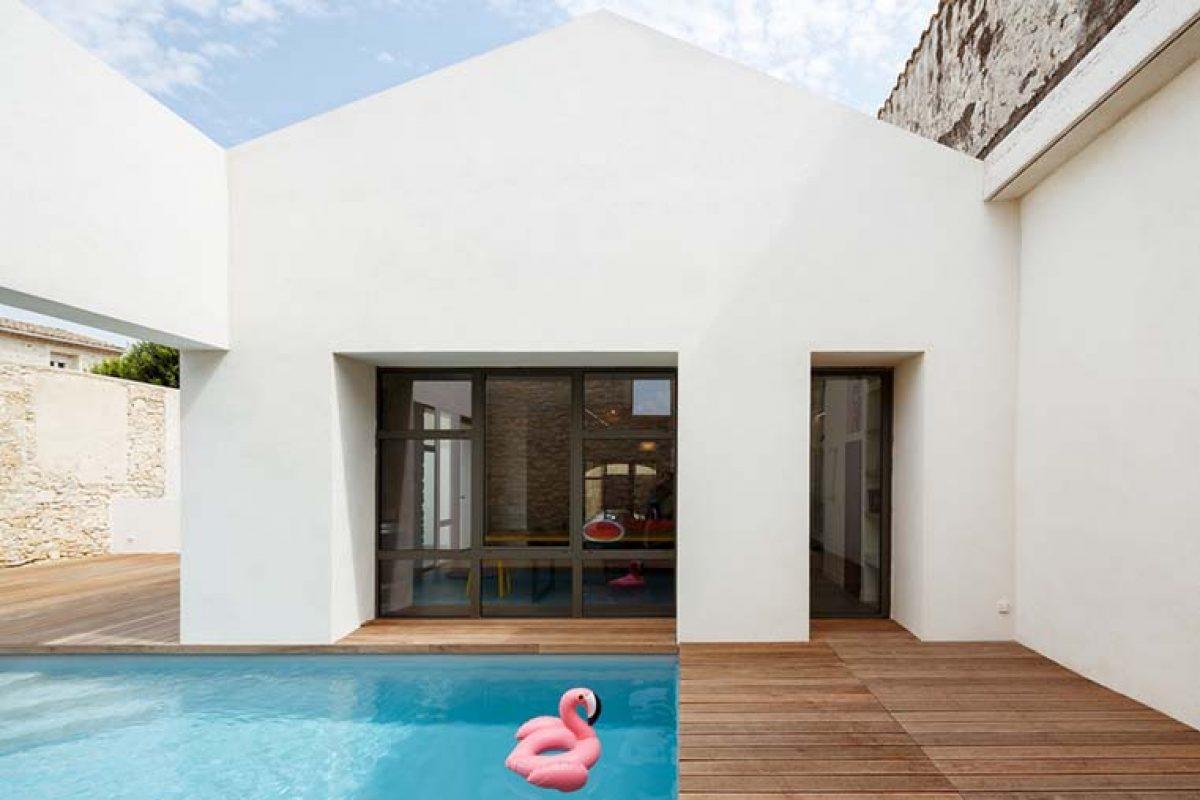 Casa TRA en el centro histórico de Castries, Francia, por (ma!ca) architecture