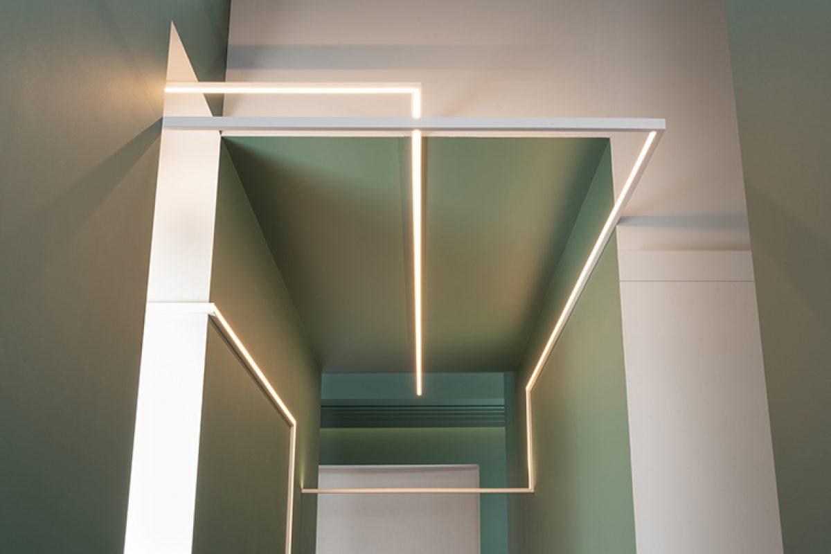 Innovación en interiorismo con U-Profile, una cornisa de iluminación en forma de U diseñada por Orio Tonini para OracDecor®