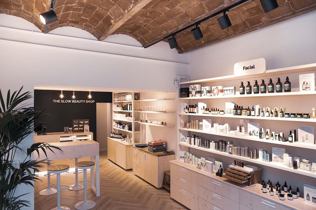 """118 Studio proyecta un interiorismo adaptado a la filosofía y los valores de """"The Slow Beauty Shop"""""""