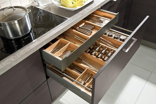 H cker kitchen focuses on the nova pro drawer system from grass news infurma online magazine - Interiores de cajones de cocina ...