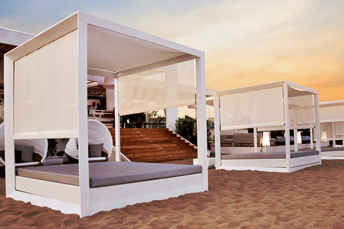 Tayga Beach Club. Playa, brisa del Mediterráneo, relax, música y el mobiliario más trendy de Vondom