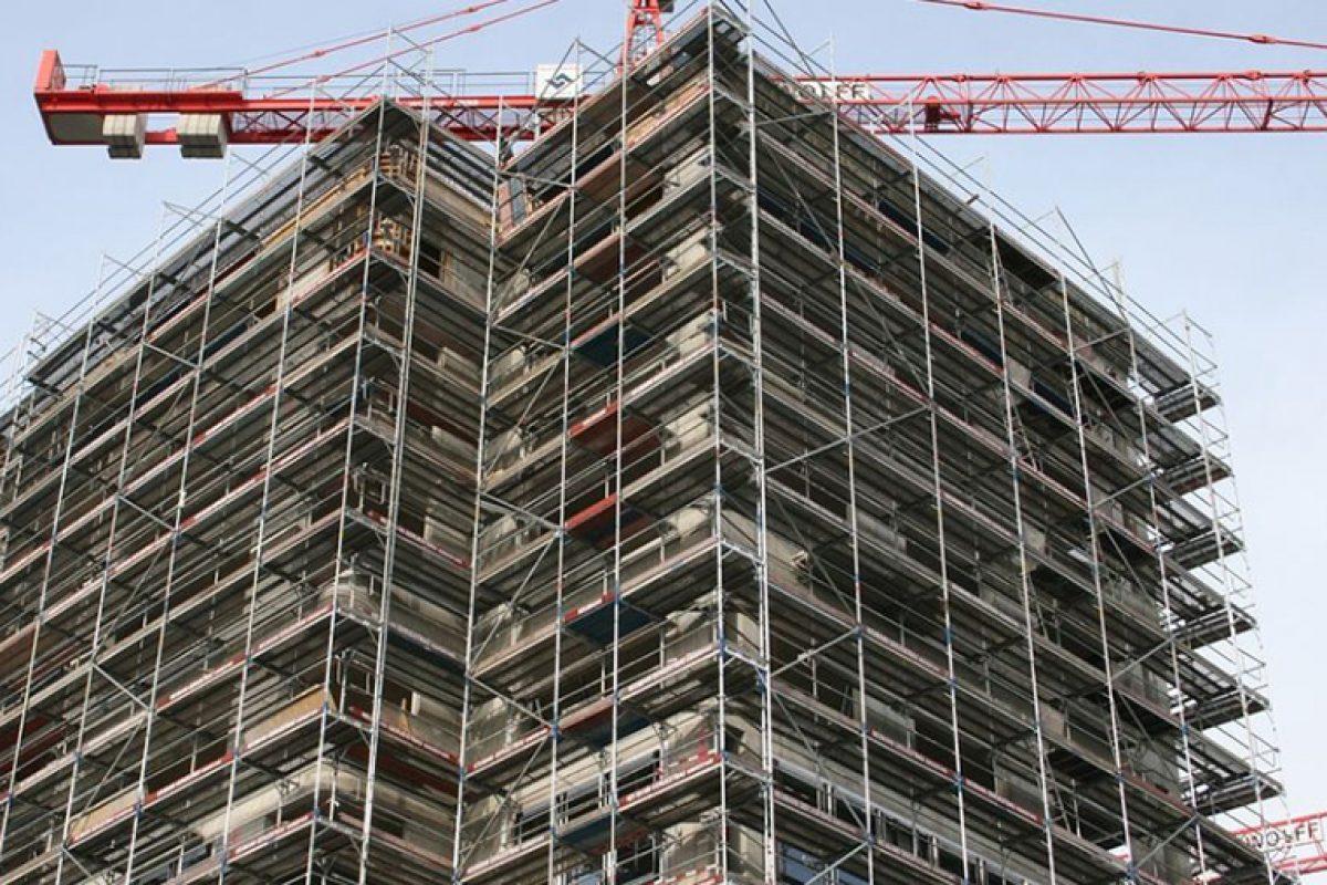 La edificación residencial acumula cuatro años de crecimiento y los visados de obra nueva aumentan un 26,2%, en 2017